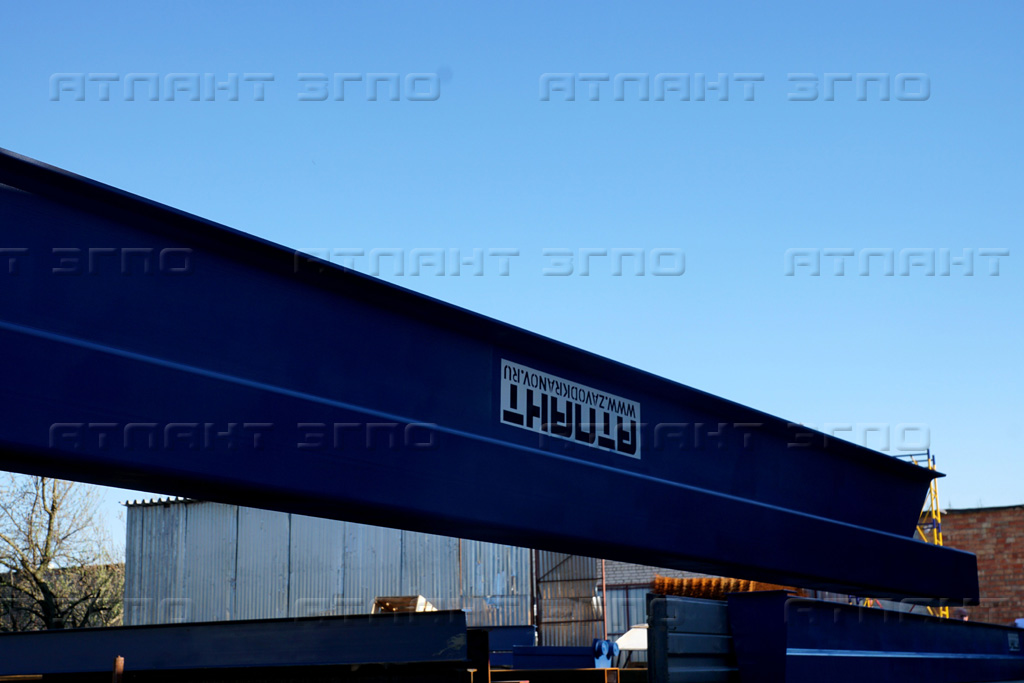 Мостовой кран, фото нашего завода