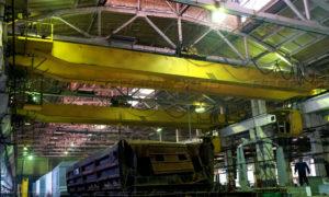 kran mostovoj elektricheskij dvuhbalochnyj 300x180 - Кран мостовой специальный мульдо грейферный