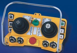 pulty 02 300x207 - Разновидности пультов управления кран-балкой